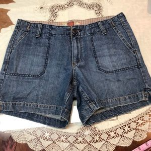 Old Navy Jean shorts blue low waist front pocket